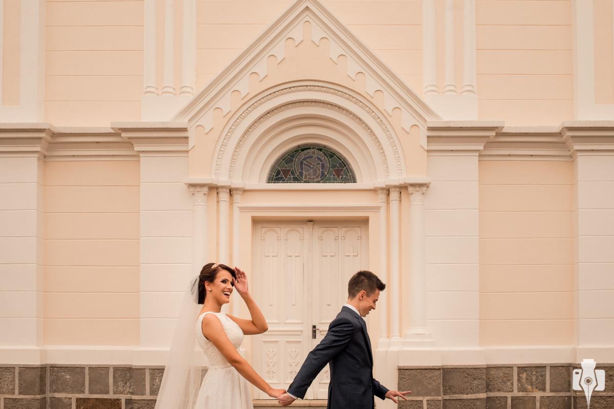 a leticia e o luciano se casaram