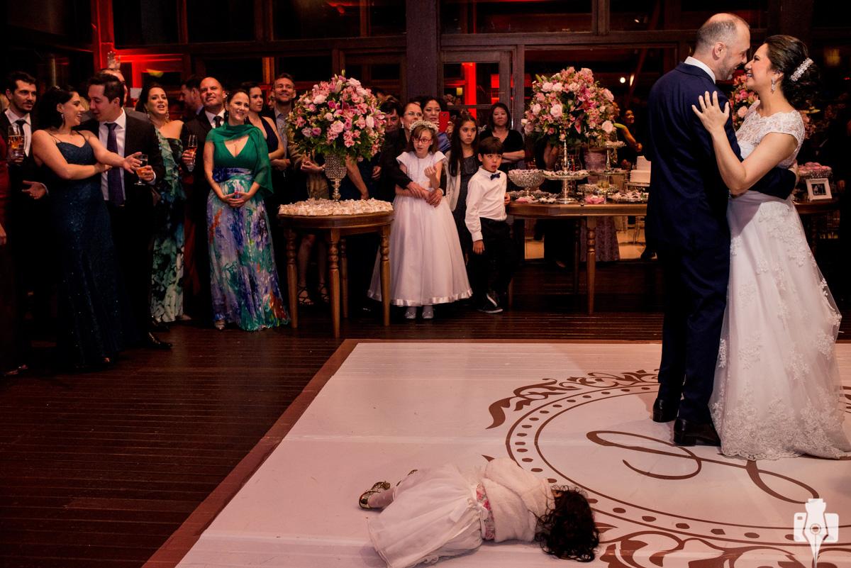 a dança dos noivos foi linda