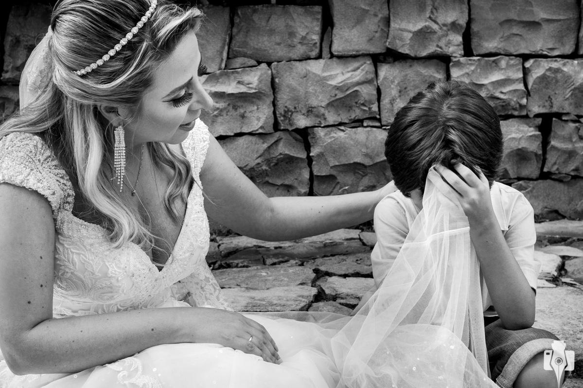 fotos de noiva em casarão da família