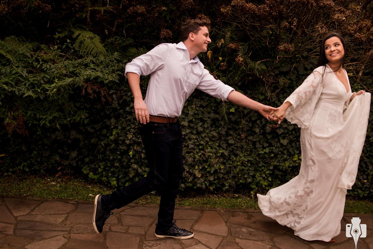 fotos criativas de casal na serra gaucha