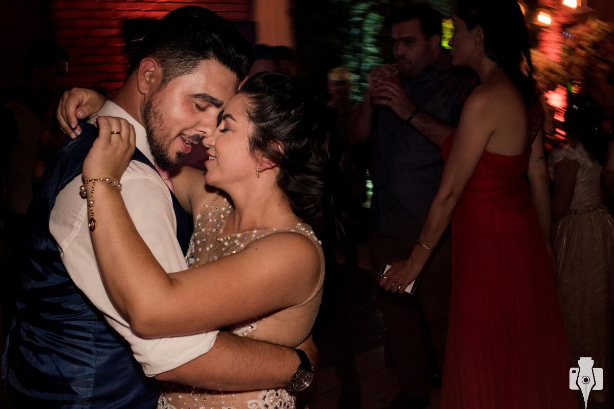 fotos dos noivos na festa de casamento