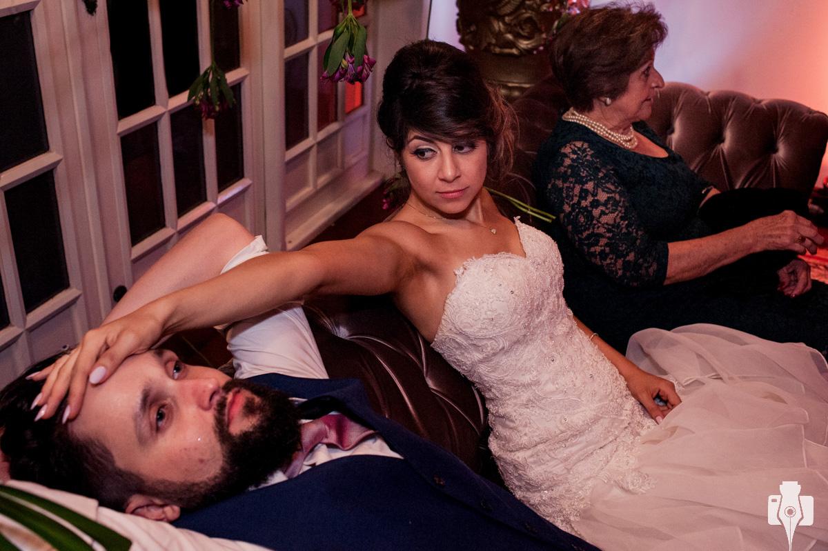 casamento com fotos romanticas
