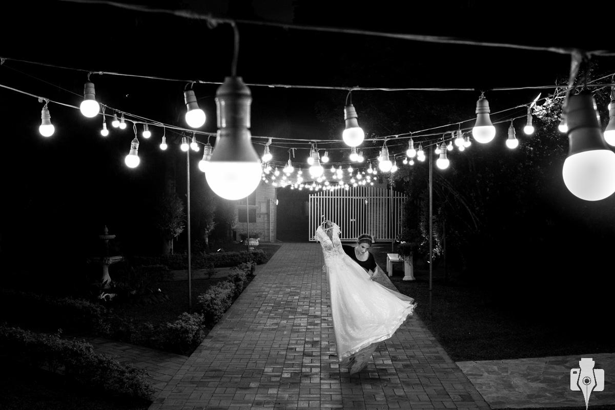fotos de casamento com vestidos lindos