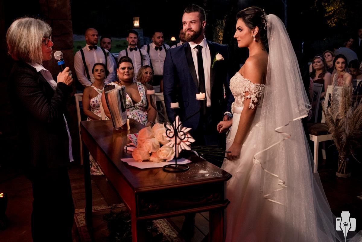 cerimonia de casamento apaixonante