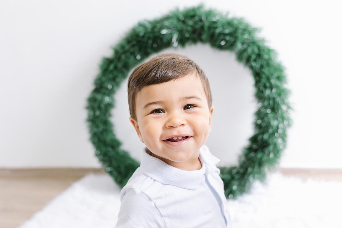 Imagem capa - Especial Ensaio de Natal – Estúdio Fotográfico com Cenário em Duque de Caxias RJ por Larissa Millan