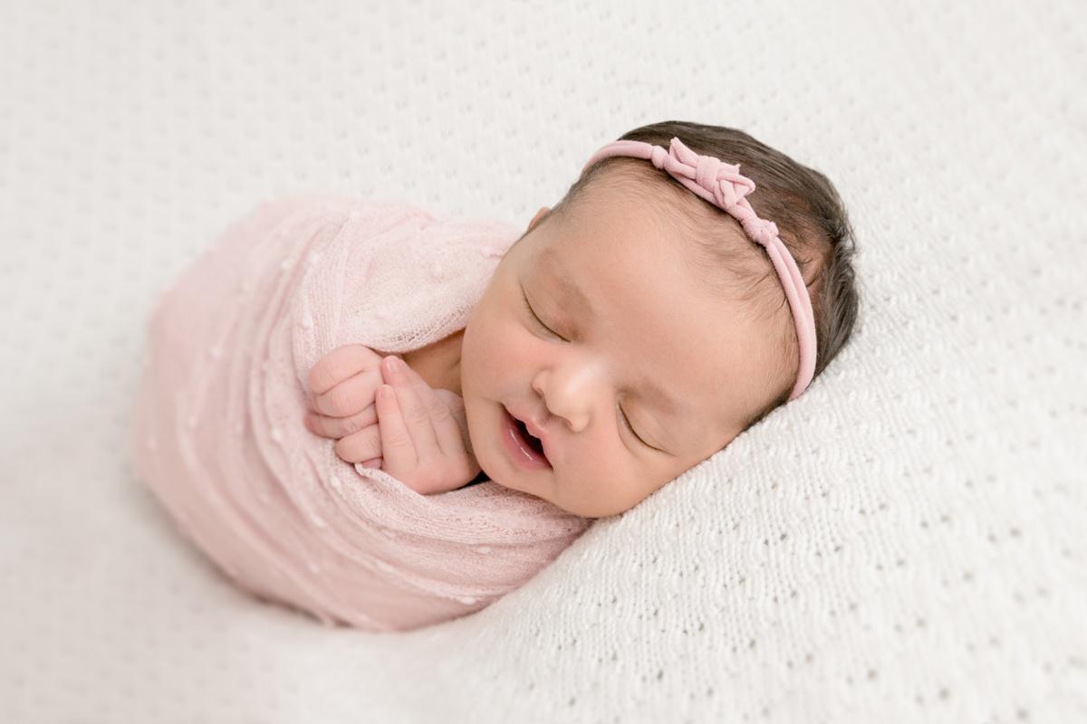 Imagem capa - Perguntas frequentes sobre o Ensaio Newborn por Larissa Millan