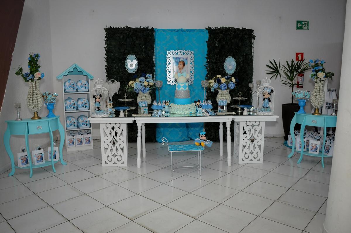 mesa decorada no Buffet Fábrica da Alegria, Morumbi, SP, festa intantil, tema da mesa minie azul, Valentina 1 aninho