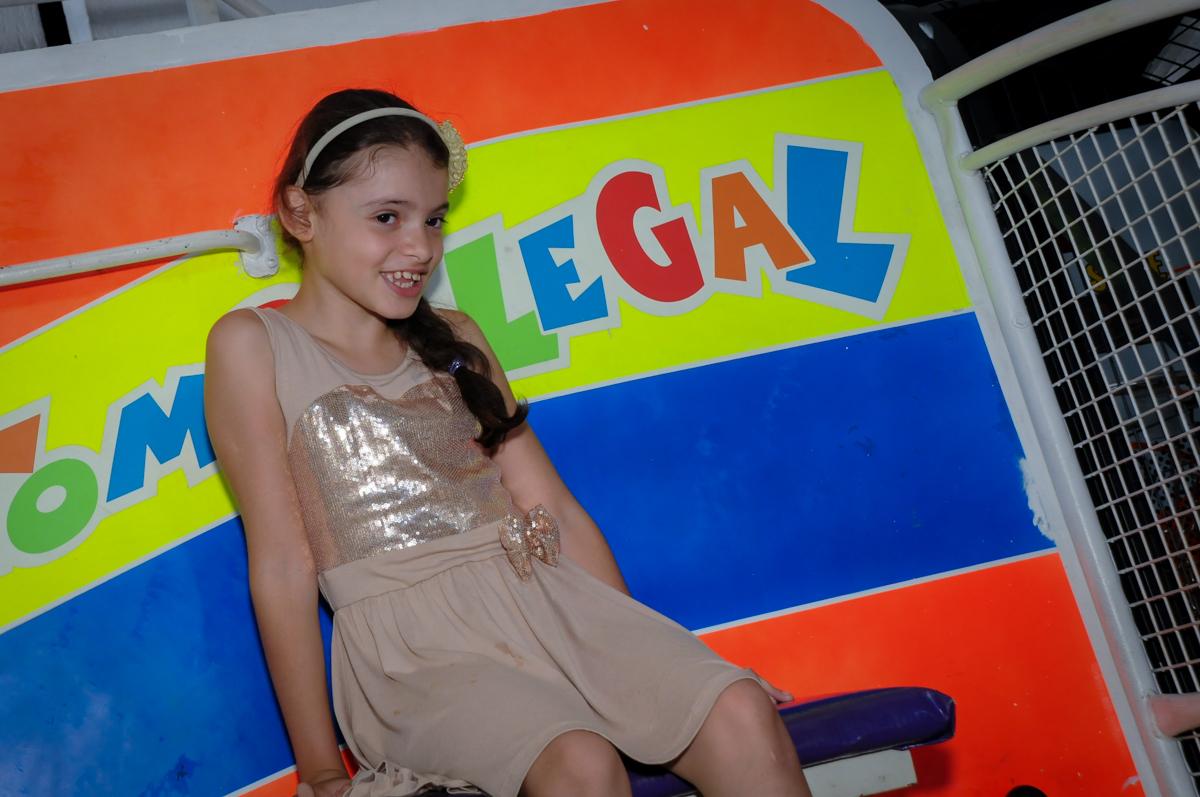 O tombo legal divertido no Buffet Fábrica da Alegria, Morumbi, SP, festa intantil, tema da mesa minie azul, Valentina 1 aninho