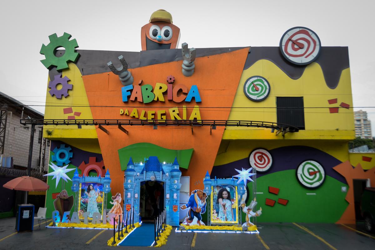 Buffet Fábrica da Alegria, Morumbi,SP, festa infantil aniversário de Beatriz 9 anos, tema da festa A Bela e a Fera