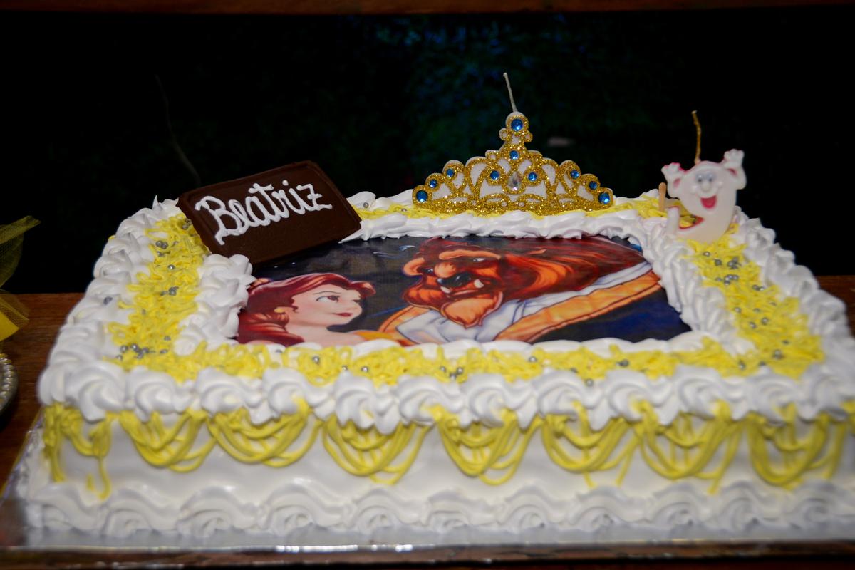 bolo de aniversário a bela e a fera no Buffet Fábrica da Alegria, Morumbi,SP, festa infantil aniversário de Beatriz 9 anos, tema da festa A Bela e a Fera