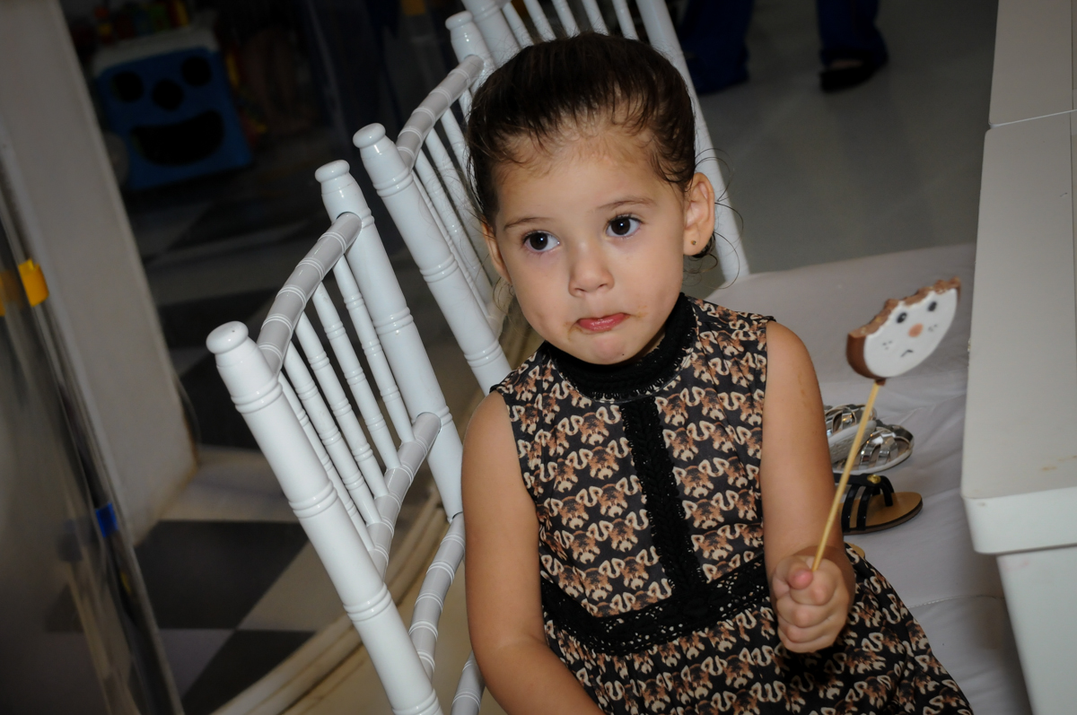 amiguinha se diverte na festa no Buffet Fantastic World, Morumbi São Paulo, Festa Infantil, aniversário de Jean Gabriel 8 anos, tema da festa Poke Mon