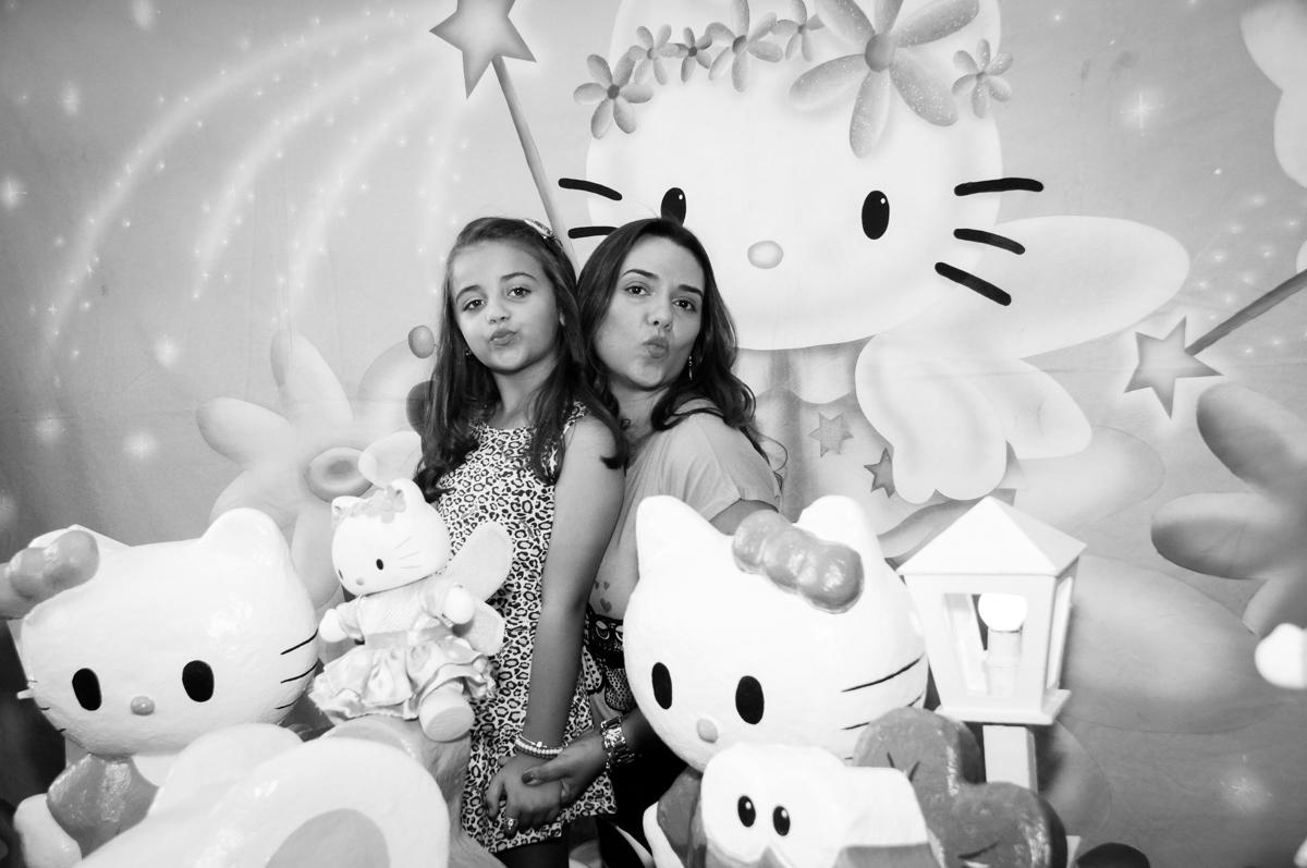 Fotografia fazendo biquinho no Buffet Infantil Planeta 2, Butantã, SP, festa infantil, tema Hello Kitty, Maria Eduarda 6 anos