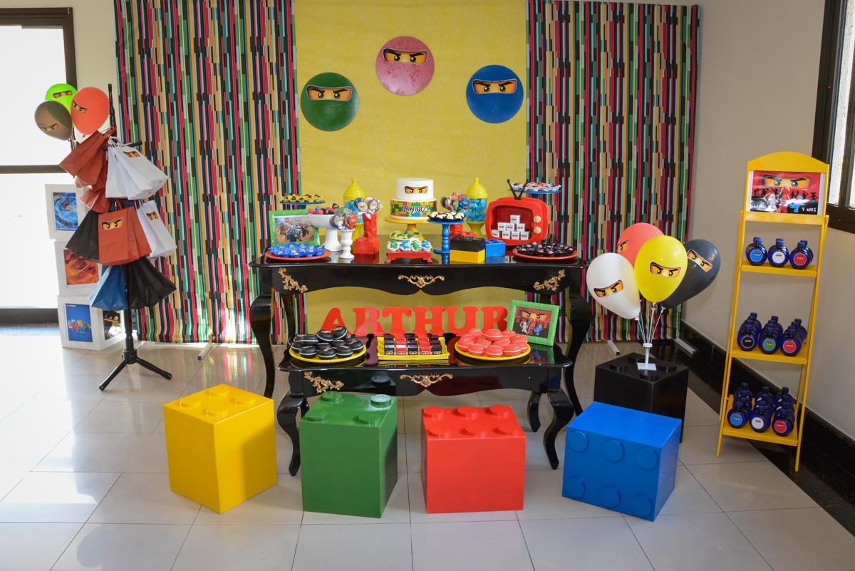 Festa infantil,fotografia infantil,aniversário de Matheus 4 anos, tema da festa ninjago, condomínio, Morumbi, SP