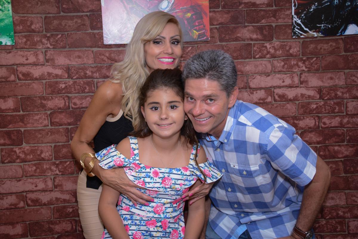 família feliz no Escape Home, Alphaville, São Paulo, Luana 10 anos