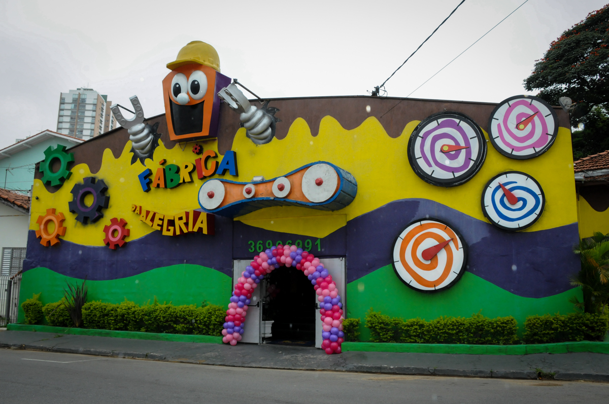 Festa infantil, Buffet Fábrica da Alegria, aniversário de Laínia 7 anos, tema da festa Monster High