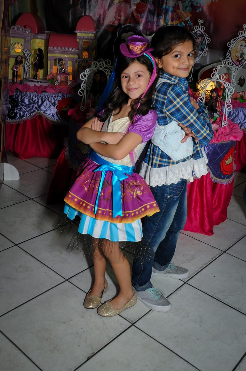 Final de festa no Festa infantil, Buffet Fábrica da Alegria, aniversário de Laínia 7 anos, tema da festa Monster High