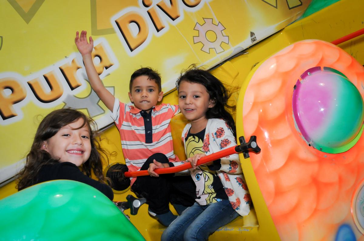 barco vick divertido no Buffet Fábrica da Alegria, Osasco,SP, festa infantil, tema os vingadores, Lucas 5 anos
