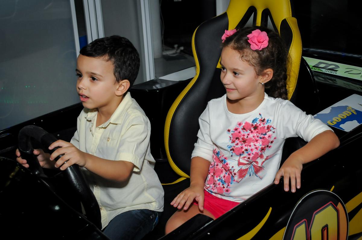 jogo-de-game-divertido-no-Buffet-max-mania-panambi-são-paulo-festa-infantil-aniversário-davi-5-anos-tema-da-festa-poken-mon