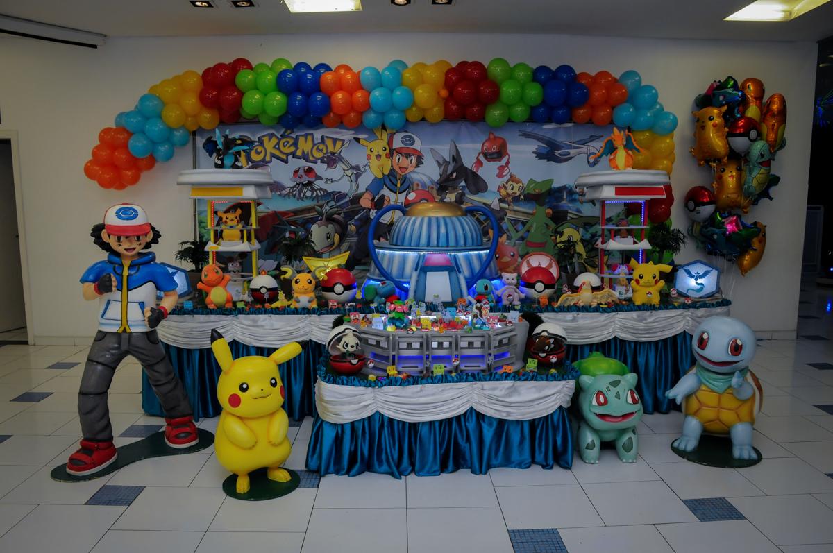 mesa-temática-Buffet-max-mania-panambi-são-paulo-festa-infantil-aniversário-davi-5-anos-tema-da-festa-poken-mon