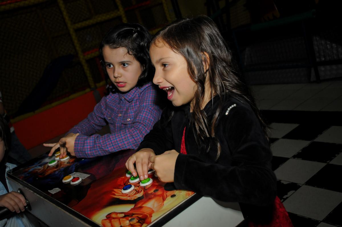 game-animado-nobuffet-doce-mel-kids-fotografia-fimagem-infantil-aniversario-isabella-7-anos-tema-da-festa-lad-bug