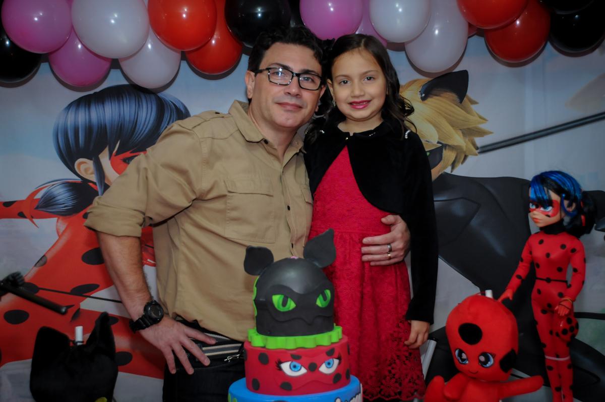 fotografia-pai-filha-nobuffet-doce-mel-kids-fotografia-fimagem-infantil-aniversario-isabella-7-anos-tema-da-festa-lad-bug
