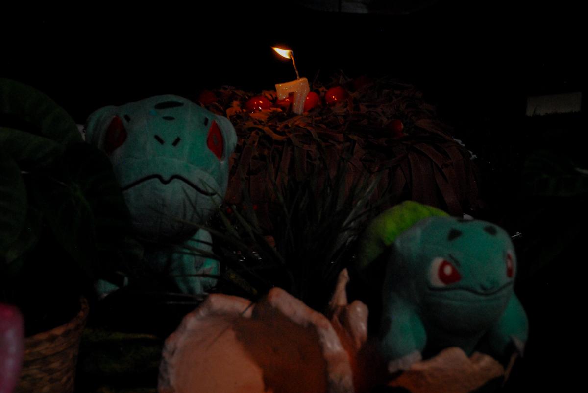 bolo-de-aniversário-no-buffet-planeta-kids-lapa-são-paulo-sp-fotografia-filmagem-infantil-aniversário-rafael-7-anos-tema-da-festa-pokemon