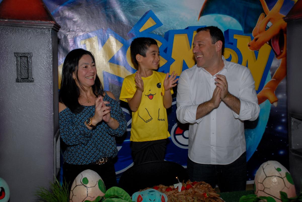 parabéns-animado-no-buffet-planeta-kids-lapa-são-paulo-sp-fotografia-filmagem-infantil-aniversário-rafael-7-anos-tema-da-festa-pokemon