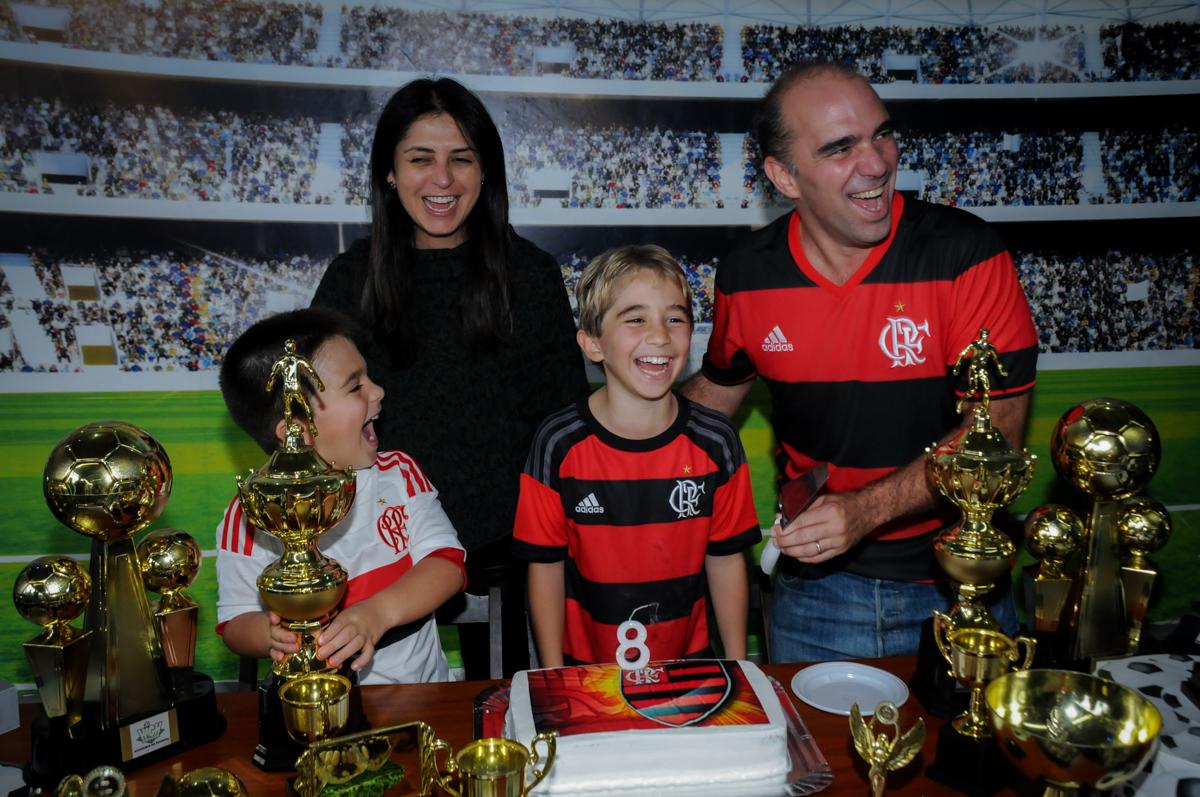 com=quem-será-que-0-felipe-vai-casar-no-Buffet-High-Soccer-Morumbi-São-paulo-SP-festa-infantil-aniversário-de-Felipe-8-anos-tema-da-festa-futebo