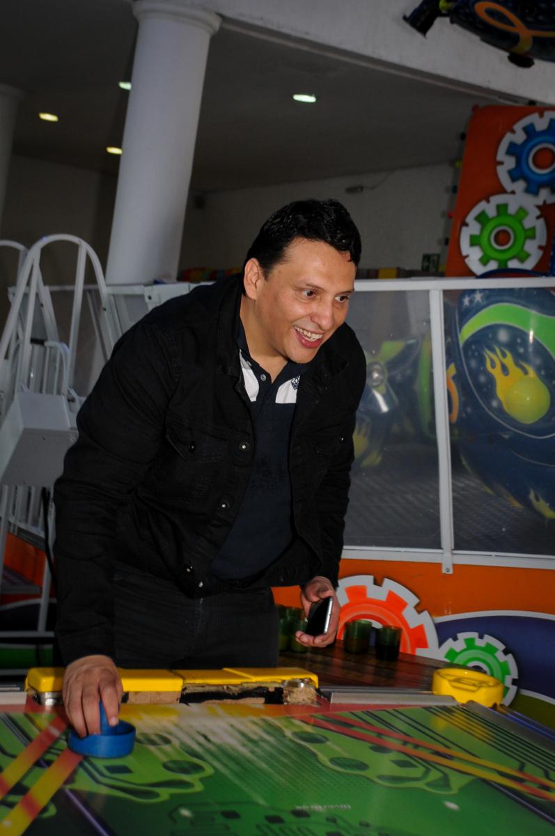 mais-jogo-de-futebol-no-Buffet-fabrica-da-alegria-morumbi-são-paulo-sp-festa-infantil-aniversário-infantil-pedro-1-ano-tema-da-festa-turma-do-mickey