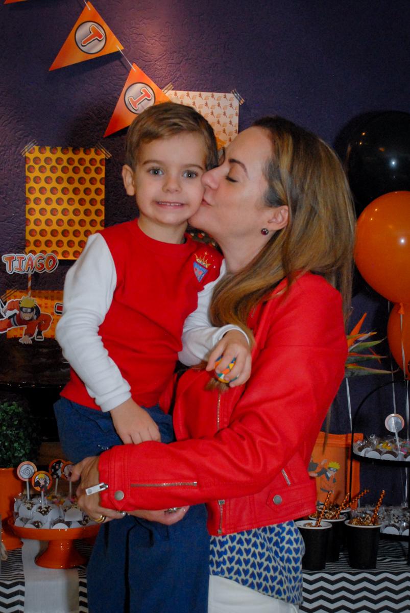 beijinho-da-mamãe-no-boliche-villa-bowling-vila-olimpia-sp-festa-infantil-aniversário-tiago-7-anos-tema-da-festa-pokemon