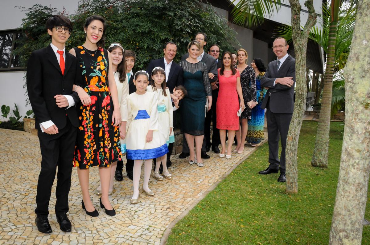 fotografia-da-família-nosítio-granja-viana-festa-adulto-bodas-de-ouro-placidia-e-eider
