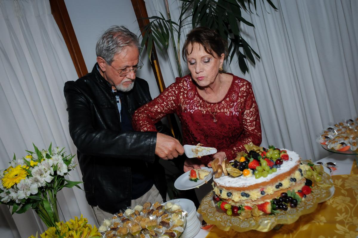 final-da-festa-no-sítio-granja-viana-festa-adulto-bodas-de-ouro-placidia-e-eider