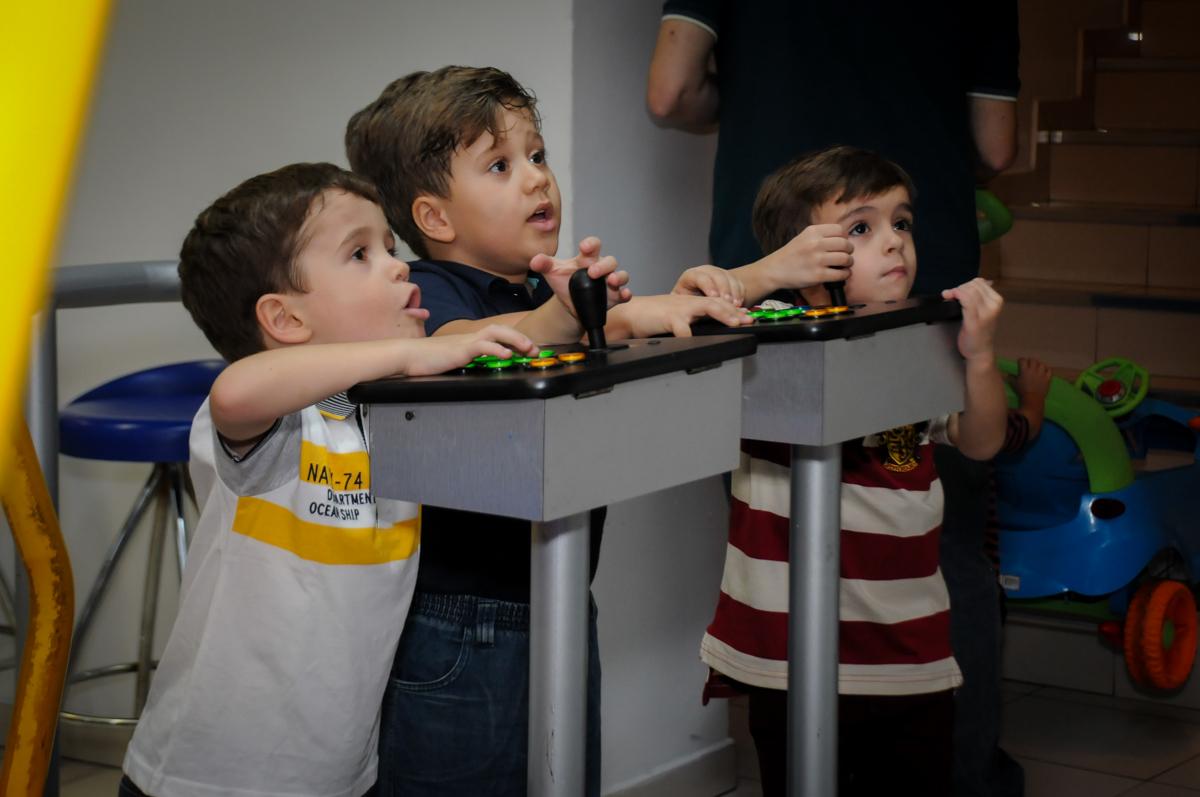 jogos-de-game-nobuffet-comics-morumbi-sp-festa-infantil-fotografia-de-marina-5-anos-tema-da-festa-carrossel