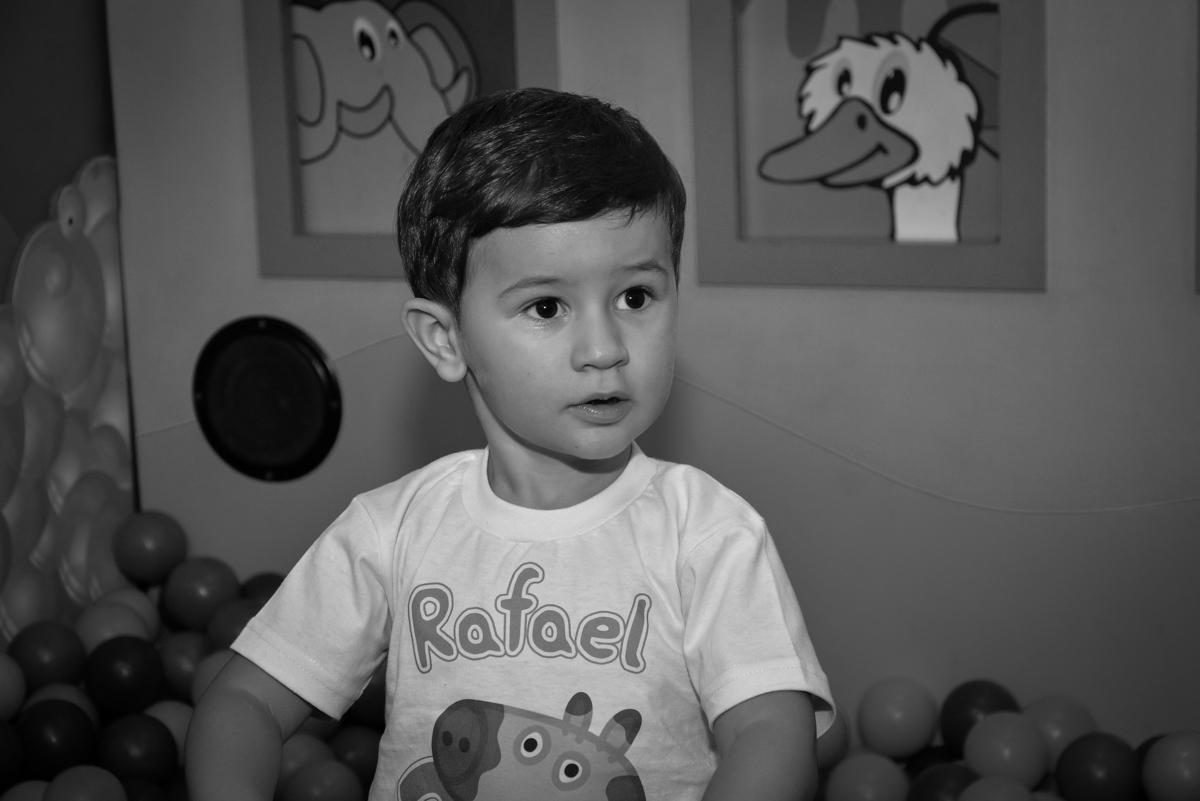 bagunça-na-área-baby-no-buffet-magic-joy-moema-são-paulo-sp-festa-infantil-fotograia-infantil-festa-de-rafael-3-anos