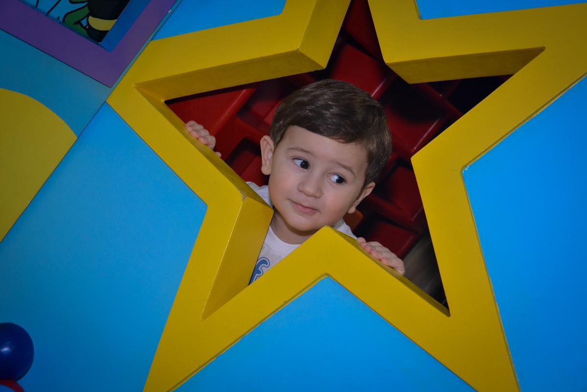 foto-no-brinquedão-no--buffet-magic-joy-moema-são-paulo-sp-festa-infantil-fotograia-infantil-festa-de-rafael-3-anos