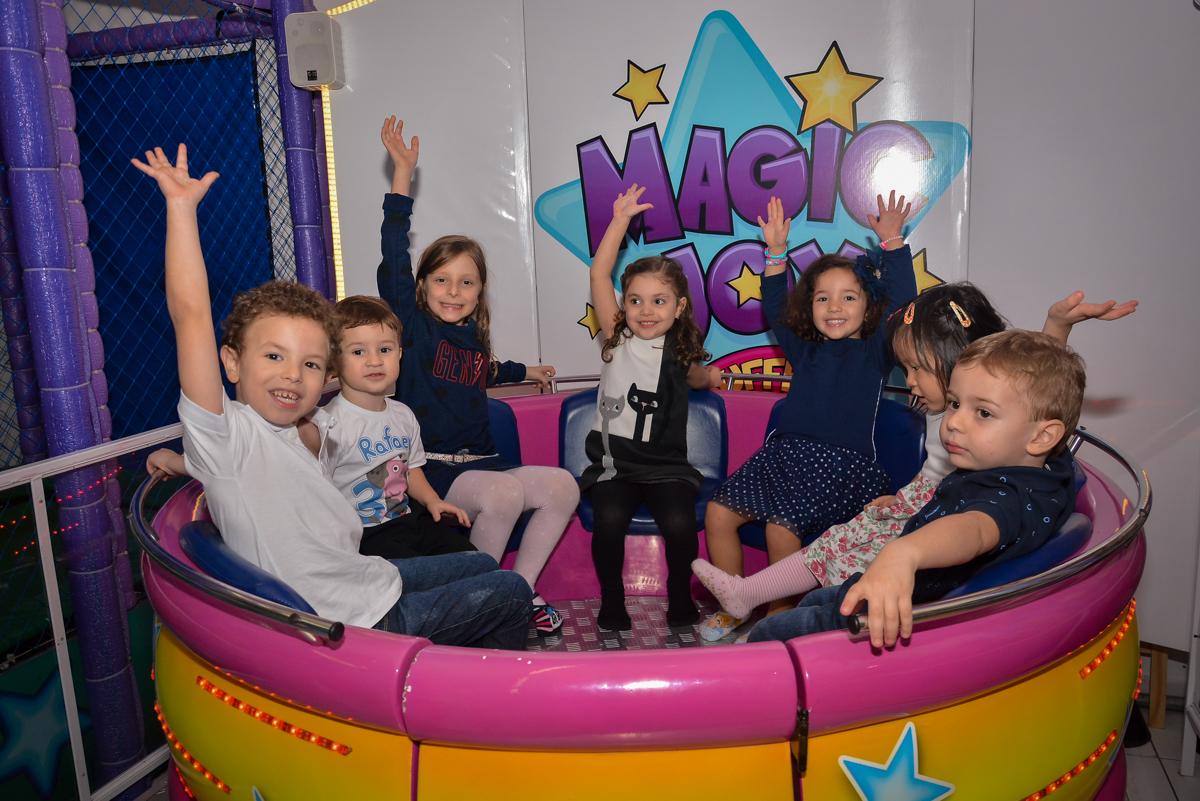 bagunça-no-labamba-no-buffet-magic-joy-moema-são-paulo-sp-festa-infantil-fotograia-infantil-festa-de-rafael-3-anos
