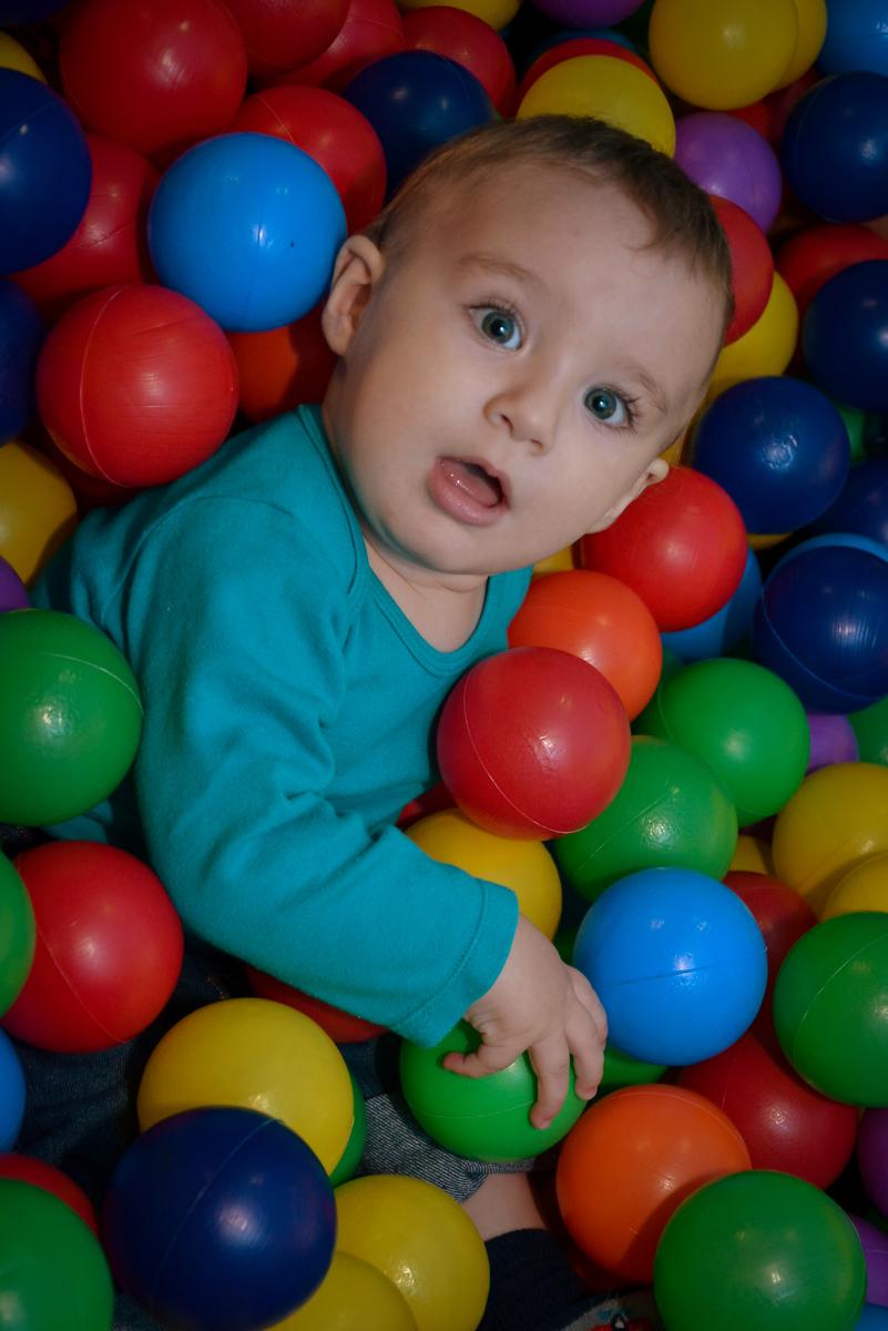 bebê-lindo-no-buffet-magic-joy-moema-são-paulo-sp-festa-infantil-fotograia-infantil-festa-de-rafael-3-anos
