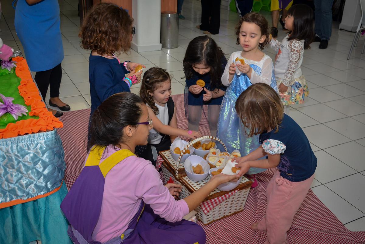 hora-dolanchinho-no-buffet-magic-joy-moema-são-paulo-sp-festa-infantil-fotograia-infantil-festa-de-rafael-3-anos