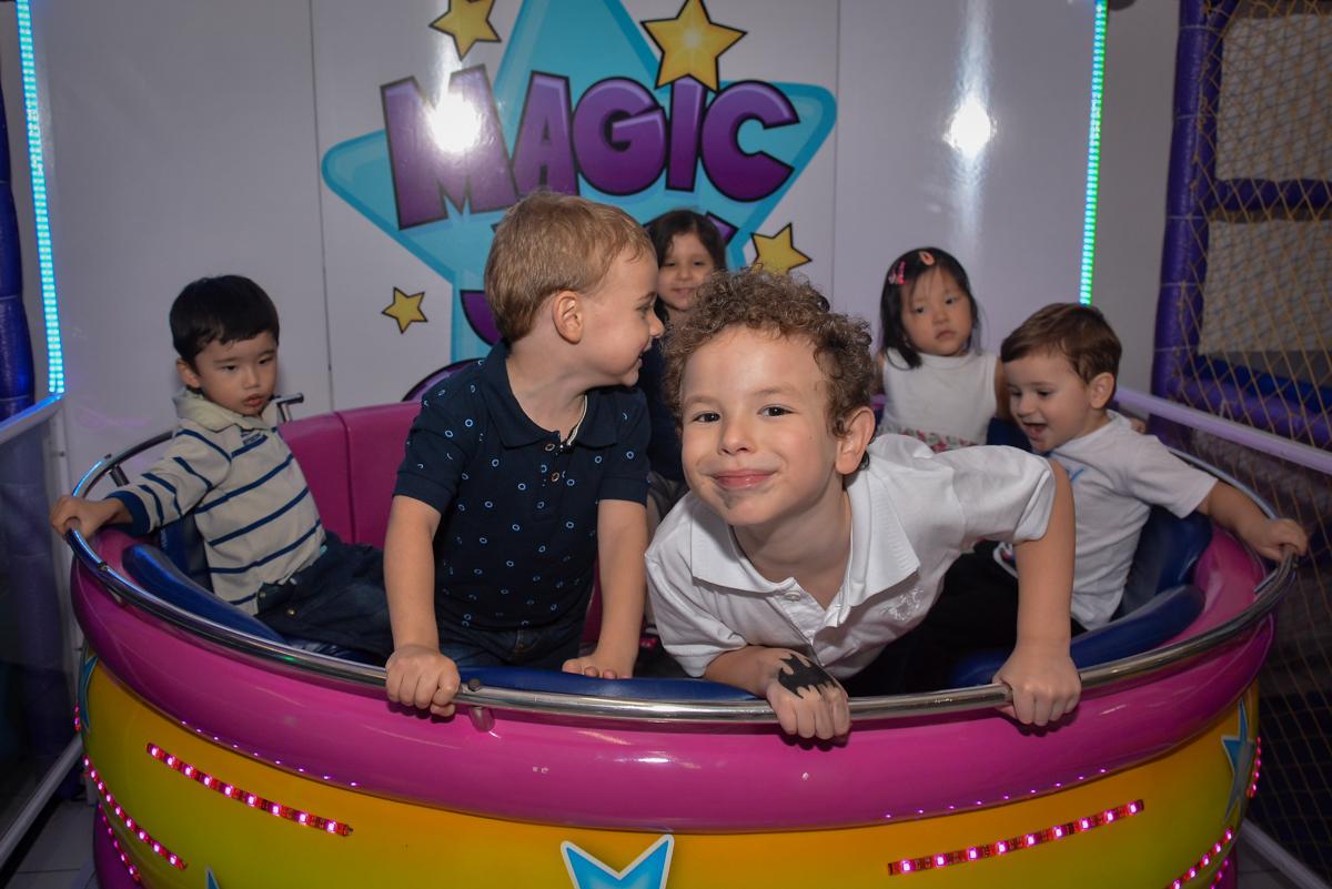 farra-no-labamba-no-buffet-magic-joy-moema-são-paulo-sp-festa-infantil-fotograia-infantil-festa-de-rafael-3-anos