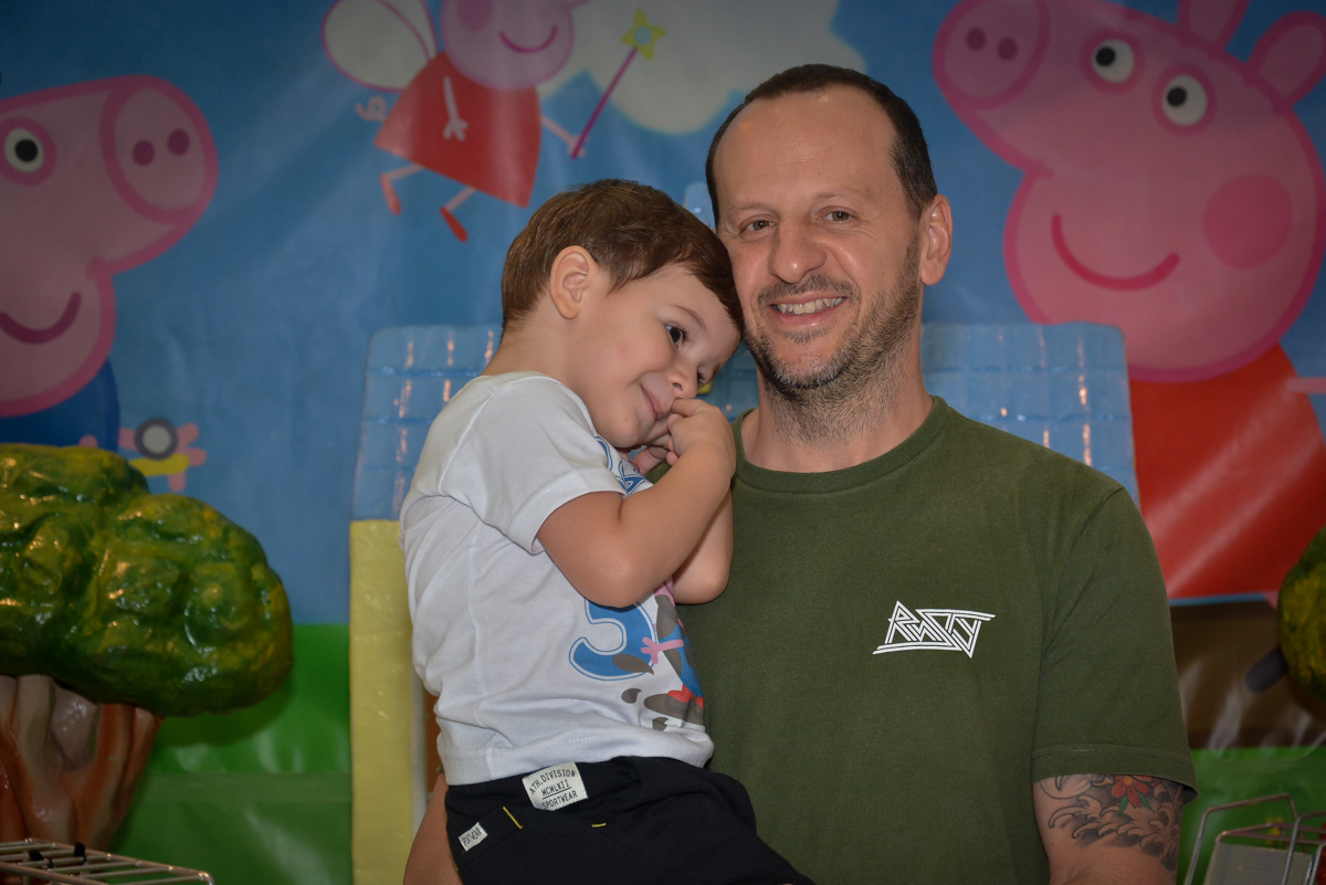 foto-mãe-e-pai-no-buffet-magic-joy-moema-são-paulo-sp-festa-infantil-fotograia-infantil-festa-de-rafael-3-anos