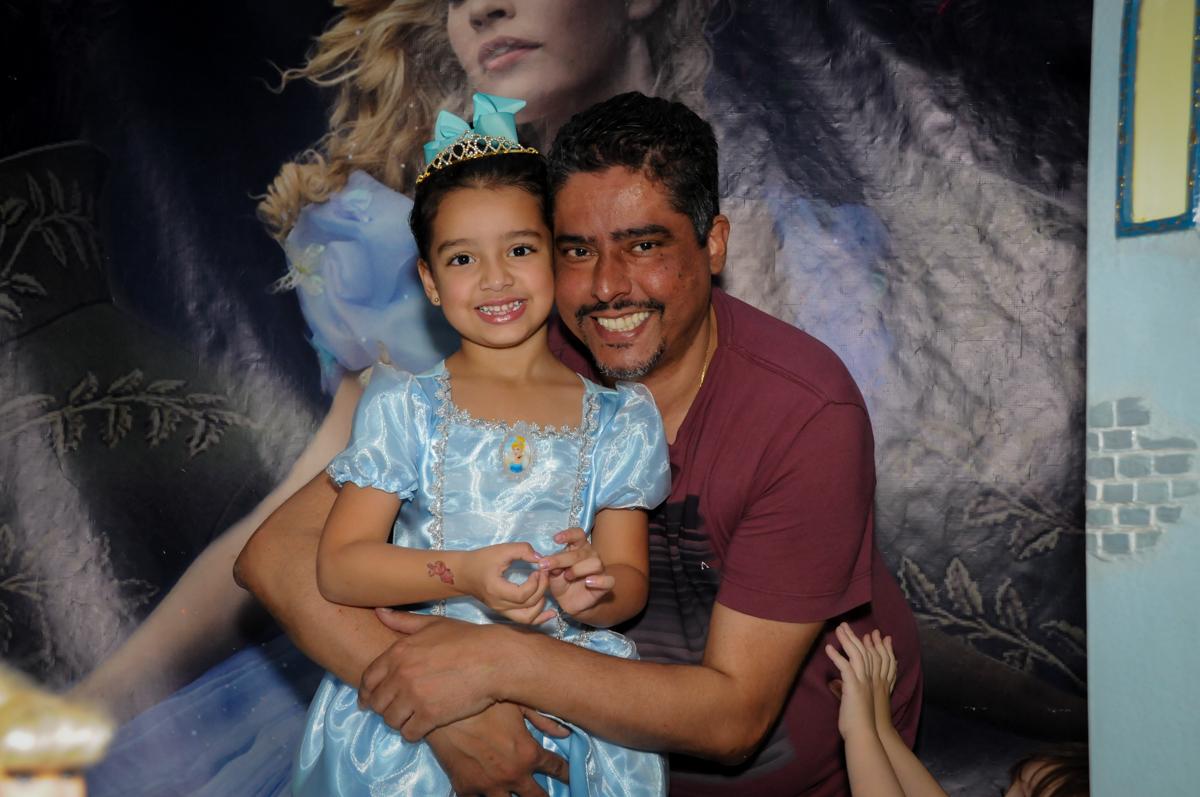 foto pai e filha no Buffet Mega Boom, Santana, Zona Norte São Paulo, SP