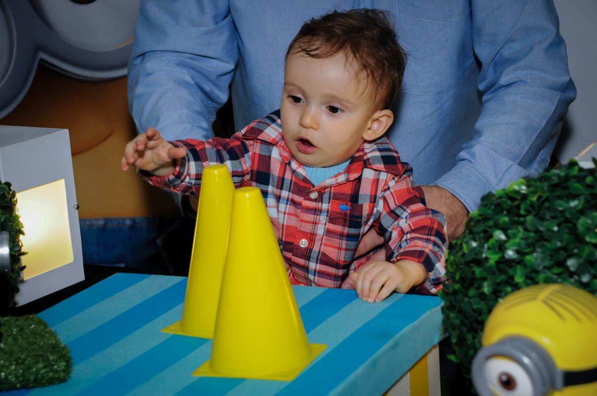 aniversariante se diverte na área baby no Buffet Fábrica da Alegria, Morumbi, São Paulo, SP