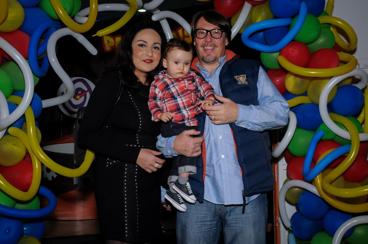 fotografia da família no Buffet Fábrica da Alegria, Morumbi, São Paulo, SP