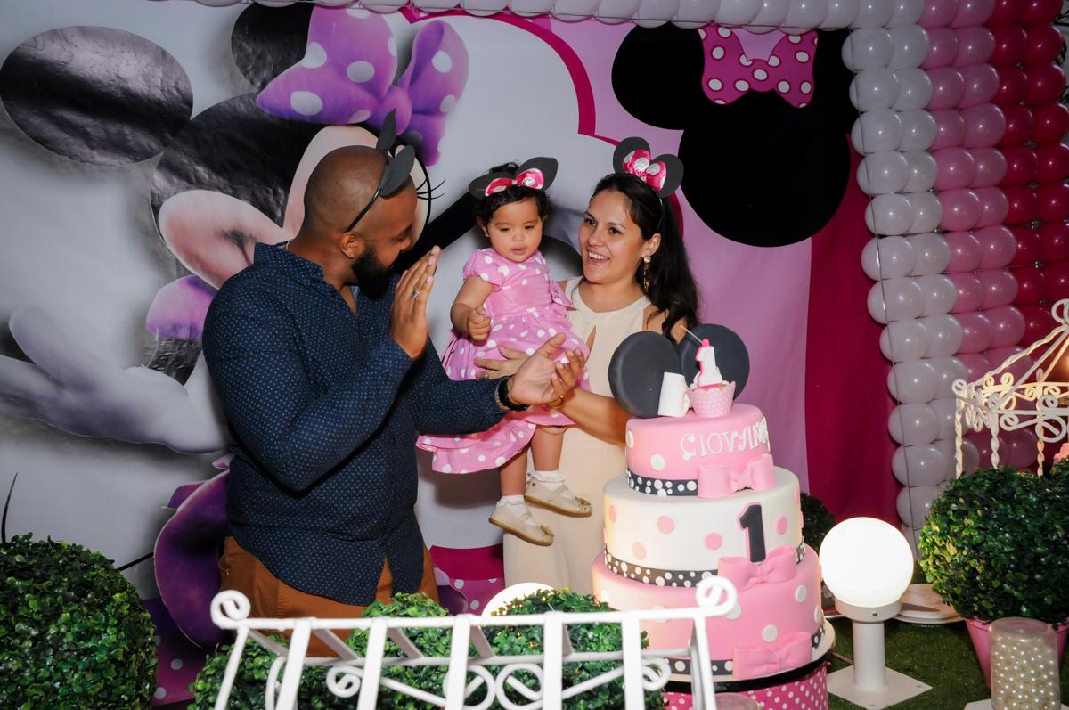 hora do parabéns no Buffet Comics, Morumbi, São Paulo, SP, aniversario de Giovanna 1 aninho, tema da festa, minie rosa