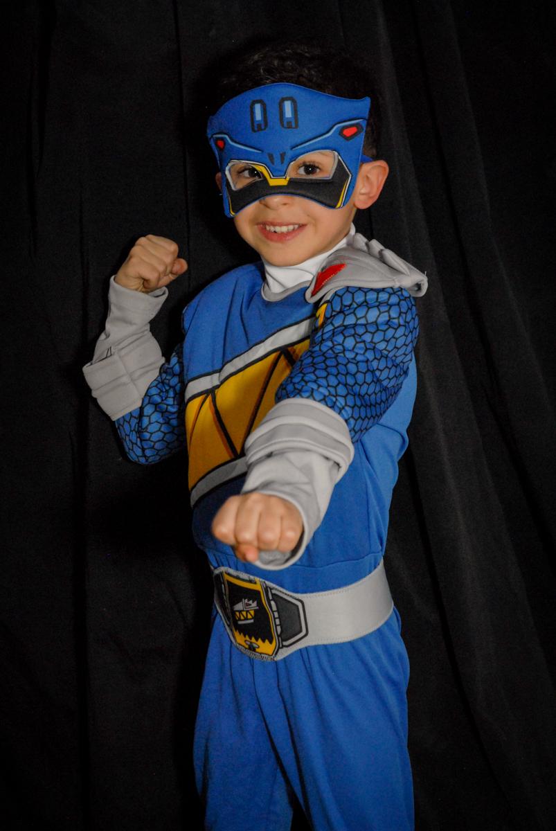 pode de herói no Buffet Fábrica da Alegria, Osasco, São Paulo, SP, aniversário de Matheus 7 anos, tema da festa Power Ranger