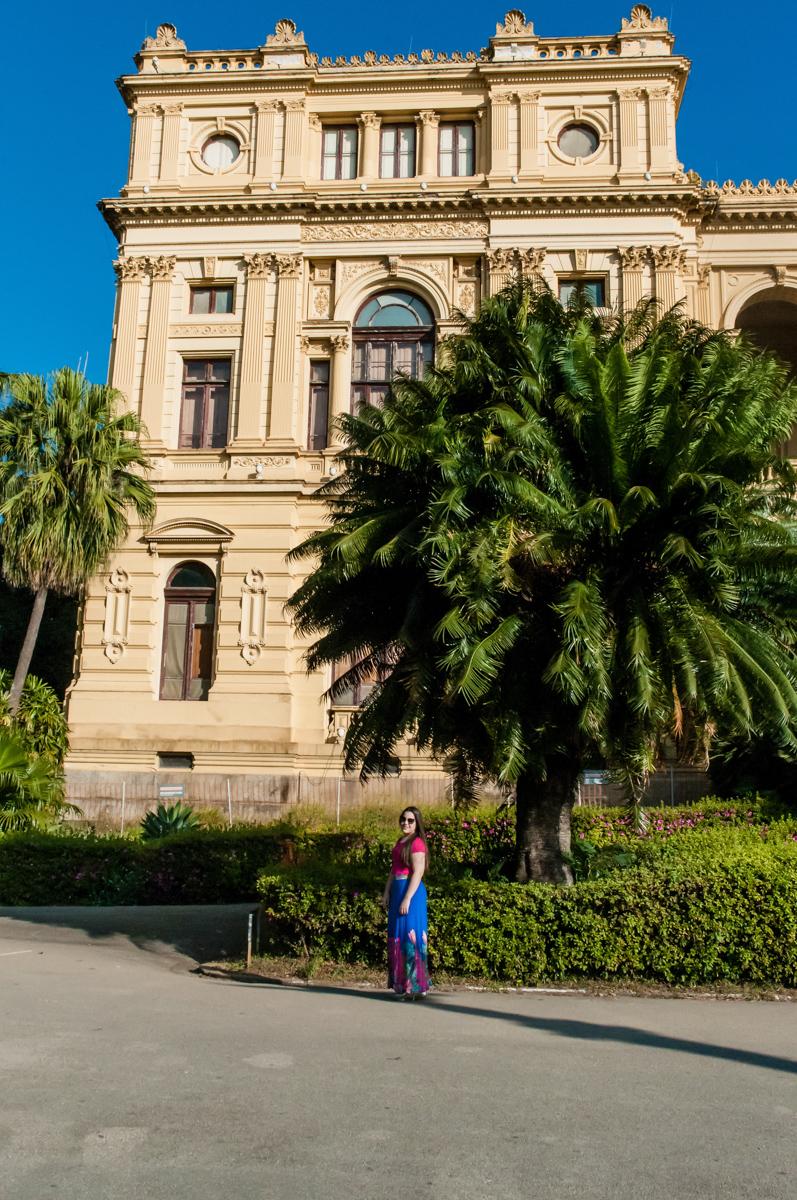 fotografia em frente o museu do ipiranga