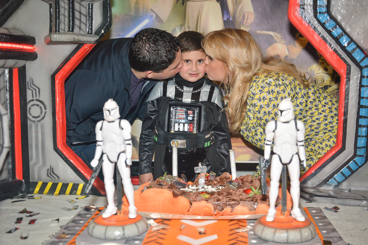 beijo sanduiche no Buffet Salakaboom, Ipiranga, São Paulo, aniversário de Jonathan 7 anos, tema da festa Star Wars