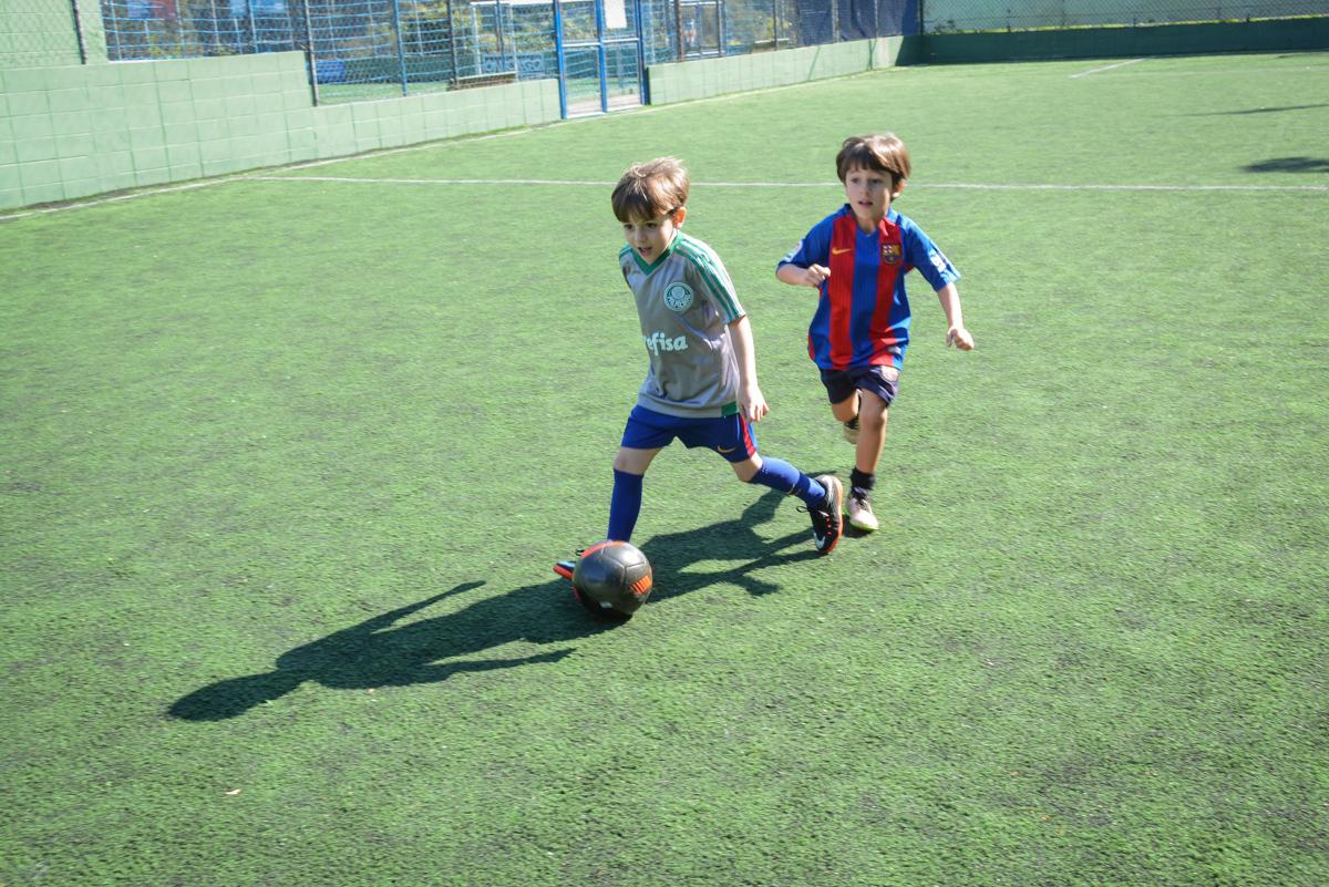 futebol animado no Buffet High Soccer, Morumbi, São Paulo aniversário de Rafael e João 6 anos tema da festa futebol
