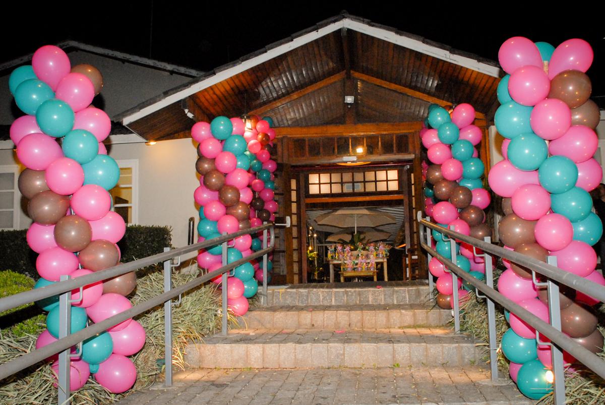 buffet villa 18 alphaville, sao paulo, aniversario de valentina 4 anos tema da festa masha e o urso