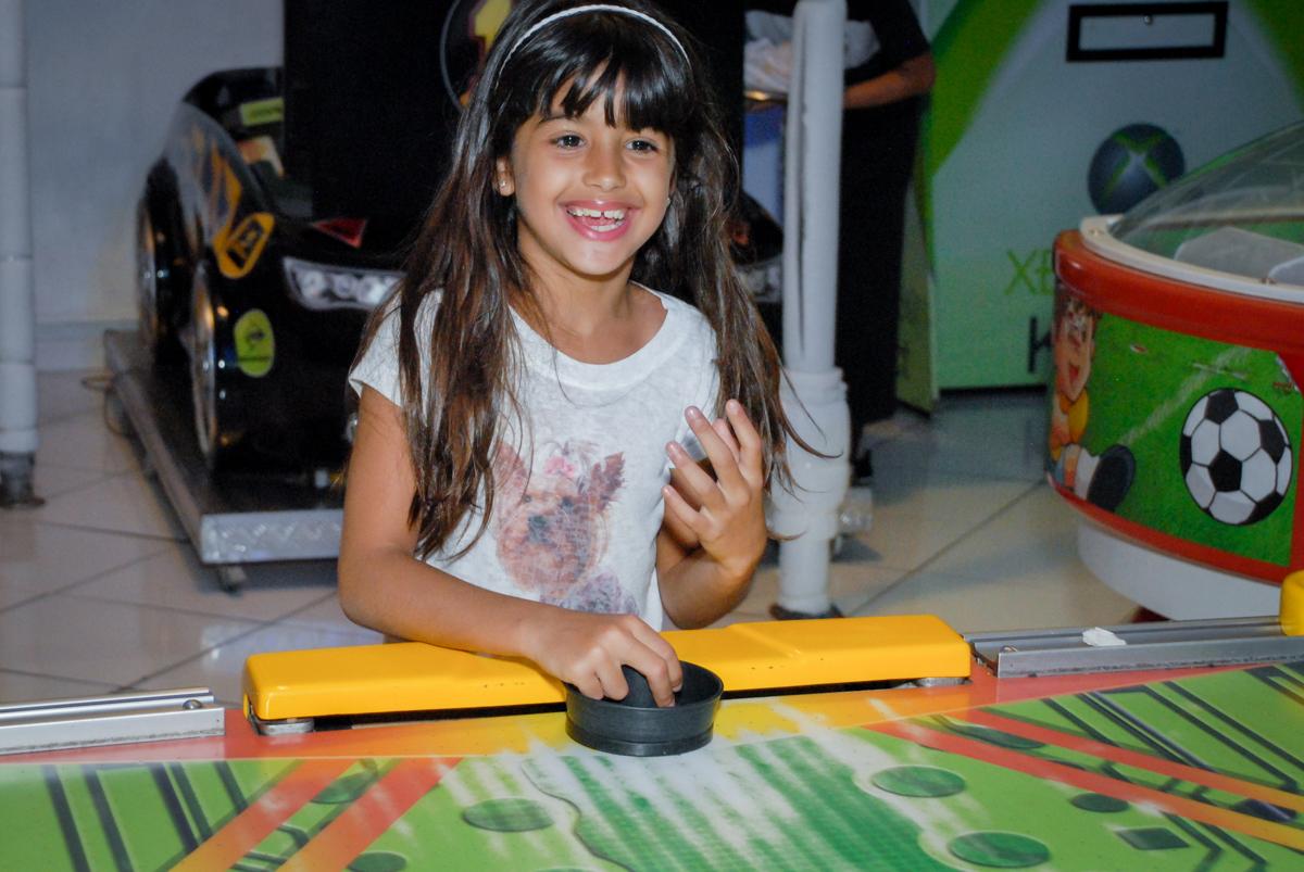 sorrisos de alegria na festa no Buffet Fábrica da Alegria, Morumbi, São Paulo, aniversário de Otávio 5 anos, tema da festa lego super heróis